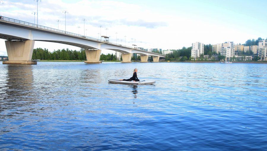 SUP-lautailua Jyväsjärvellä