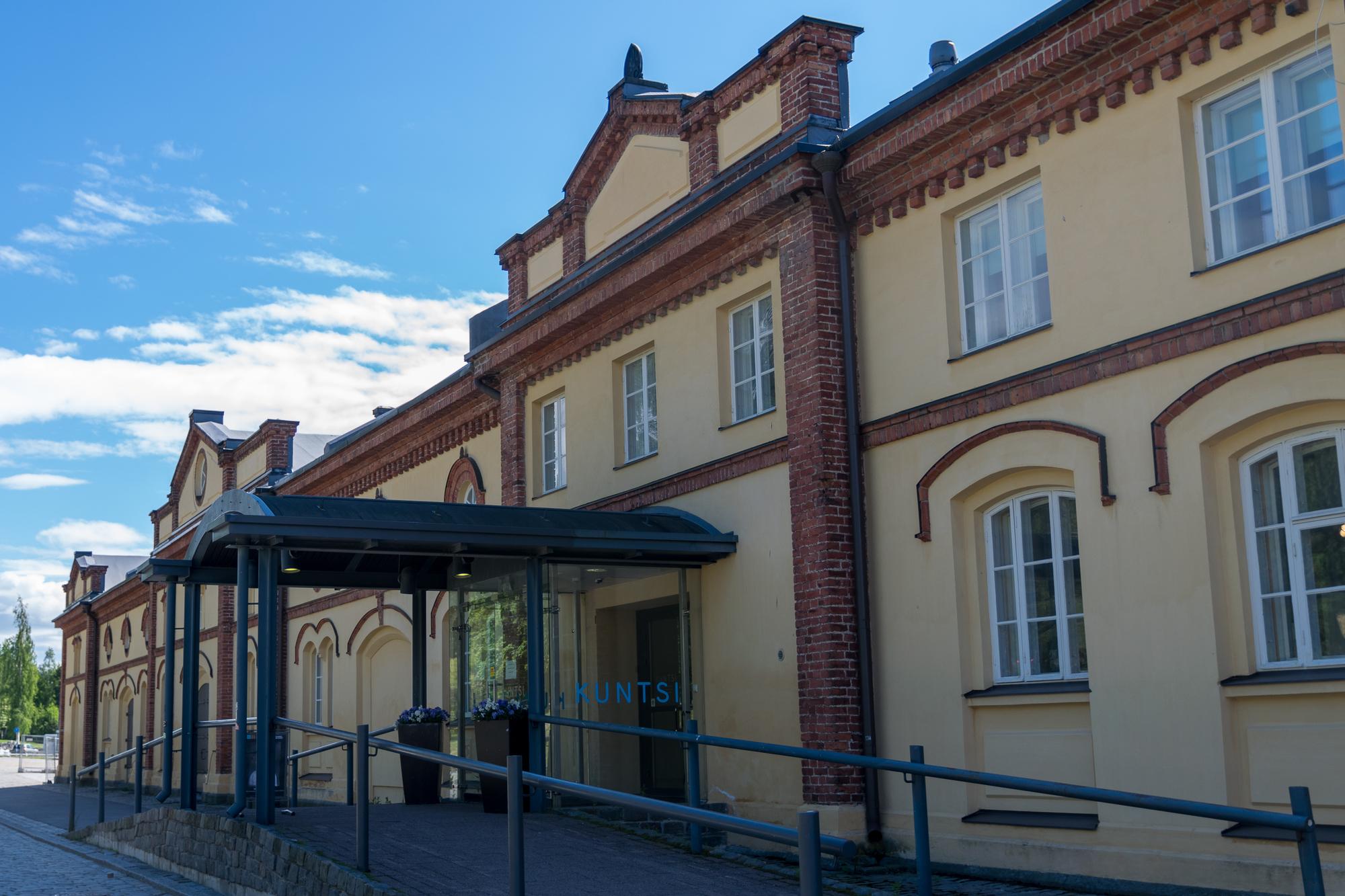 Tekemistä Vaasassa: modernin taiteen museo Kuntsi