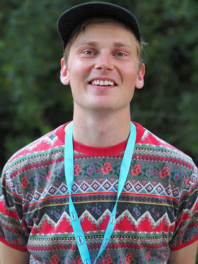 Antti Autio hymyilee ILMIÖ-festareilla.